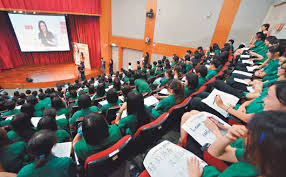 The well-respected emerald green shirts of Taipei First Girls School