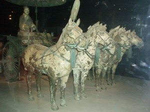 Chariot widths and wheel sizes were standardized during the reign of Qin Shi Huang.